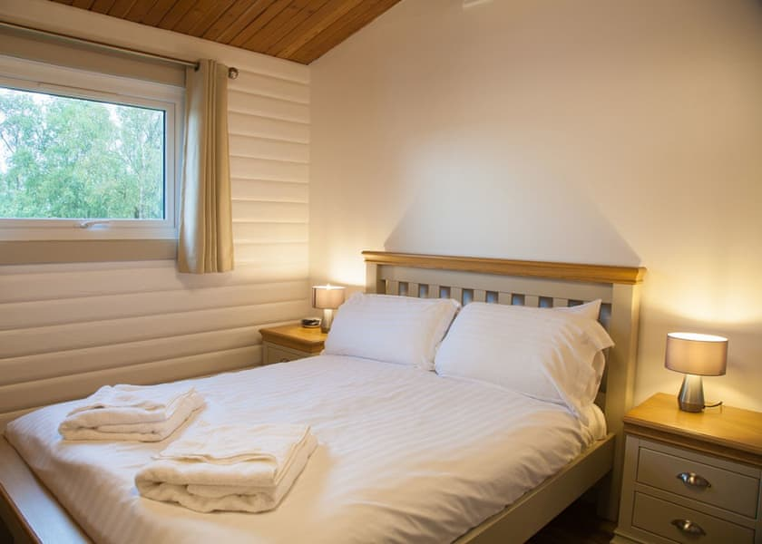 Kielder Waterside lodge double bedroom